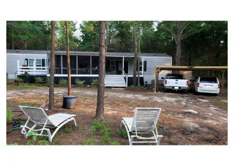 Home on 3/4 acre near Lake Athens