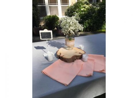 Wedding table setting and linens